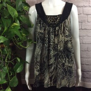 Animal print embellished neckline stretch XL top